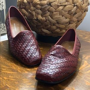 Naturalizer vintage leather woven loafers